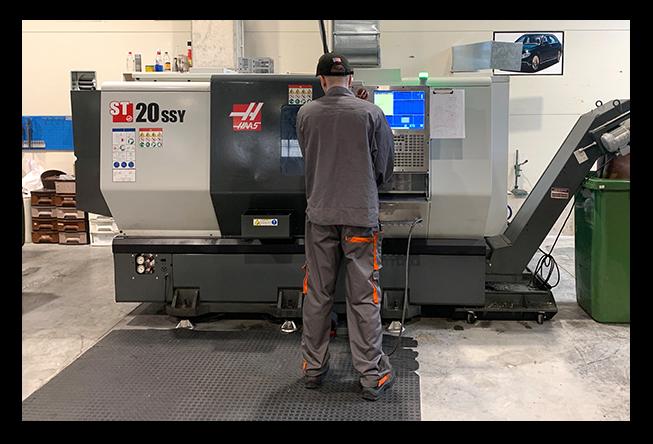 Turning on CNC lathes